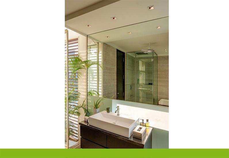 thiết kế phòng tắm giãn biệt thự 3 tầng