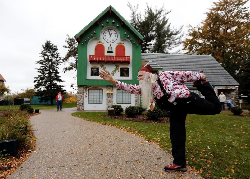 Lạ Lẫm Với Ngôi Trường Đào Tạo Ông Bà Già Noel Tại Mỹ